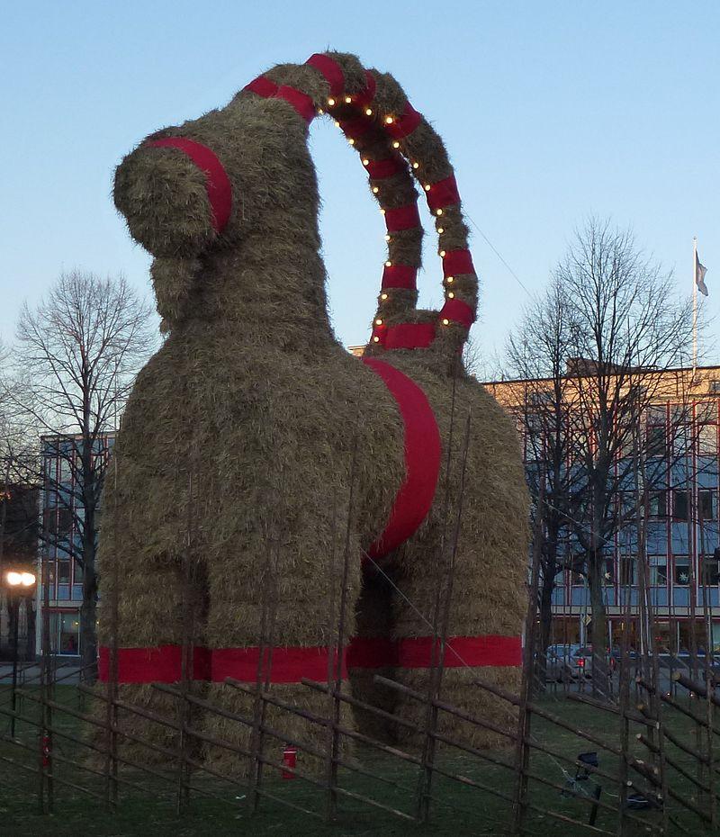 800px-Gävle_Goat_2011.jpg
